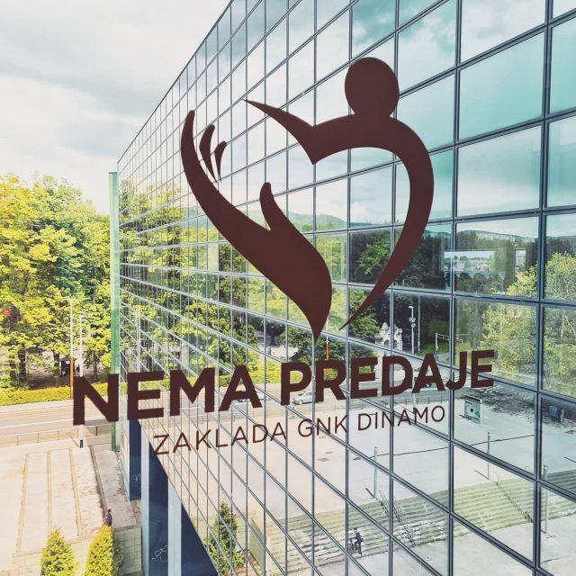Jeste li znali? 🤔😊✅Zaklada Nema predaje, službena zaklada @gnkdinamo, prva je zaklada nekog nogometnog kluba u Hrvatskoj i na ovim prostorima koja aktivno djeluje u tri područja rada ➡️ integracija osoba s invaliditetom u nogomet i sport ➡️ pomaganje na načelu socijalne solidarnosti ➡️ potpora mladim sportašimaUskoro nastavljamo s objavama... 💪🏻💙#zakladanemapredaje #dinamozagreb #zagreb #hrvatska #croatia #football #charity #europe