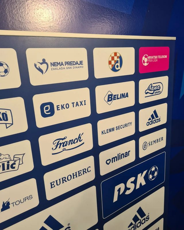 Naša zaklada na press panou Dinama 🥰💙#zakladanemapredaje #zagreb #hrvatska #croatia
